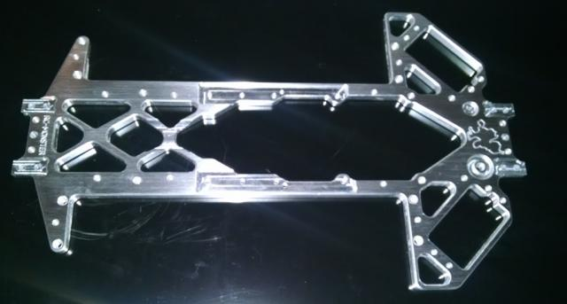 [News] Chassis RCMonster Vmaxx Vmaxx%20bottomnew